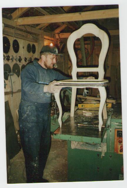 Chaises en ch ne massif belle ebene - Les plus belles chaises design ...